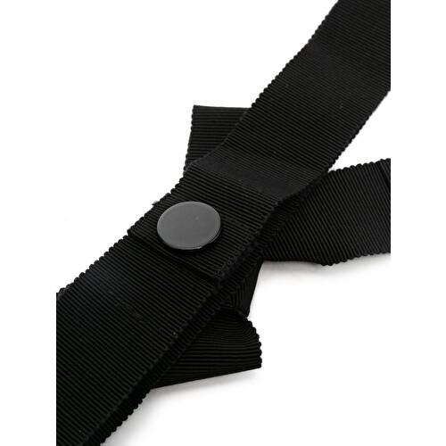 Bow-detail belt