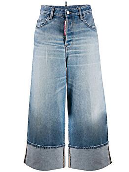 Jeans ampio con risvolto