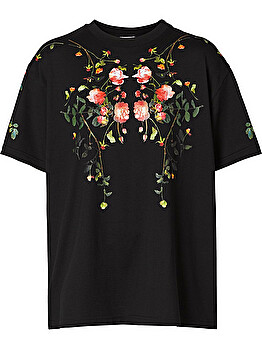 T-shirt over con stampa grafica